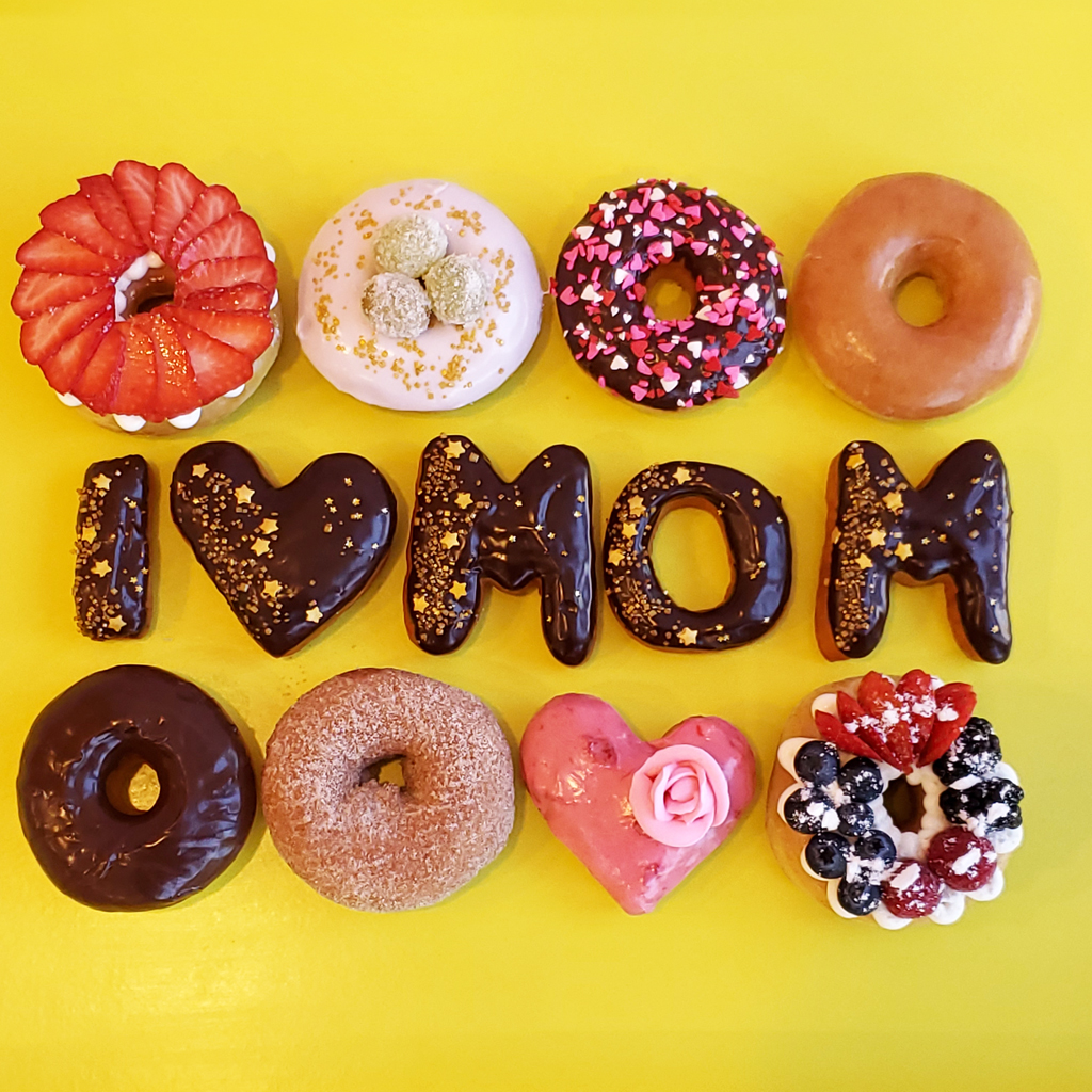 Mother's day donuts gift set.